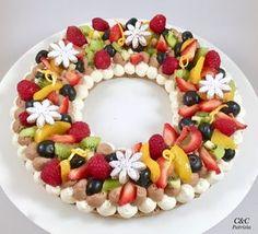 La crostata di frutta e' un classico dolce estivo da personalizzare con qualsiasi tipo di frutta. Quella di oggi e' fatta con una...