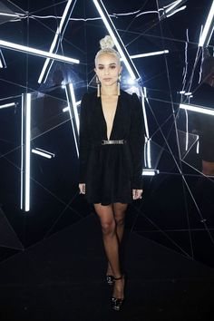 Zoë Kravitz looks beautiful at the Yves Saint Laurent Beauty Party, don't you agree?
