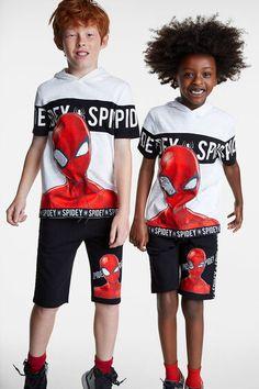 Camiseta Spiderman capucha | Desigual.com Kids Boys, Cute Boys, Marvel Kids, Short Niña, Marvel Clothes, Baby Suit, Summer Boy, Disney Shirts, Baby Wearing