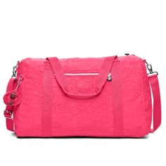 Itska Duffle Bag in Vibrant Pink  Overnight or weekend trip?  No problem!  Check out this gorgeous pink duffel bag!  #Kipling #KiplingSweeps