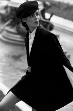 Get Short Hair Without A Haircut : French Beret #frenchberet #fashion #fashionoutfit #beretoutfit #womanoutfits #fashionactivation #fashiontrends2019 #fashiontrends #womanfashiontrends #fashionblog #fashionblogger #chicoutfit Fashion Foto, Retro Fashion, Vintage Fashion, Womens Fashion, Outfits With Hats, Chic Outfits, Fashion Outfits, Leighton Meester, Barett Outfit