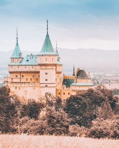 20 of the Most Beautiful Fairytale Castles in the World Beautiful castles Beautiful travel destinations Castles to visit