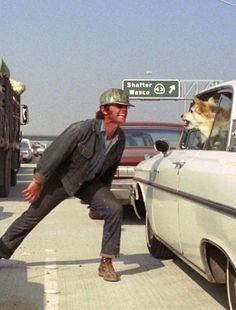 Jack Nicholson faces up to a dog in Five Easy Pieces.