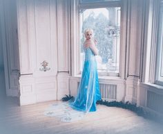 Halloween Frozen Elsa costumes that you should have in 2014 - tulle, cape, beaded #Halloween