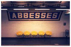 Metro Abbesses Montmartre, Paris subway platform