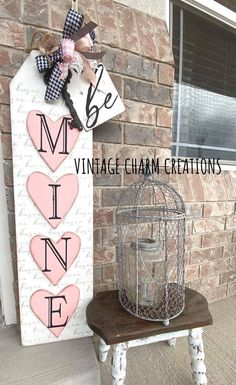 Valentines Day Treats, Valentine Day Crafts, Love Valentines, Holiday Crafts, Holiday Fun, Holiday Ideas, Diy Valentine's Day Decorations, Valentines Day Decorations, Porch Signs