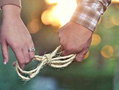 façons-d-annoncer-son-mariage-à-ses-proches-1-demande-de-pacs-originale-
