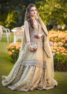 Pakistani Party Wear Dresses, Bridal Mehndi Dresses, Pakistani Wedding Outfits, Bridal Dress Design, Pakistani Wedding Dresses, Bridal Outfits, Bridal Style, Party Dresses, Pakistani Bridal Makeup