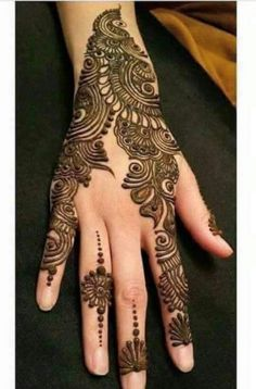 Hina, hina or of any other mehandi designs you want to for your or any other all designs you can see on this page. modern, and mehndi designs Henna Hand Designs, Mehndi Art Designs, Mehndi Patterns, Latest Mehndi Designs, Mehndi Designs For Hands, Henna Tattoo Designs, Bridal Mehndi Designs, Bridal Henna, Indian Bridal