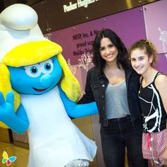 Feeling Anything but Blue: celebrity-childrens-hospital-visits