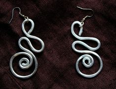 Hey, I found this really awesome Etsy listing at https://www.etsy.com/listing/201274813/hammered-thick-aluminum-wire-earrings