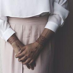 mehndi | 137 фотографий Floral Henna Designs, Mehndi Designs For Girls, Unique Mehndi Designs, Henna Designs Easy, Mehndi Designs For Fingers, Mehndi Designs For Hands, Henna Tattoo Hand, Hand Tattoos, Mandala Tattoo