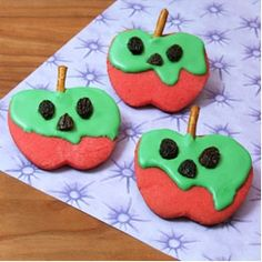 How To Make Snow White Poison Apple Cookies | Your Childrens Birthday Parties