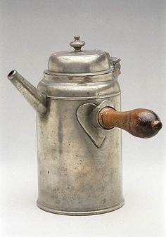 Old Pewter Coffee Pot (with a heart!) By Freidrich Gottfried Herrmann . Old Pewter Coffee Pot (with a heart!) By Freidrich Gottfried Herrmann . Chocolate Pots, Chocolate Coffee, French Chocolate, Vintage Silver, Antique Silver, Objets Antiques, Maker, Vintage Kitchen, A Table
