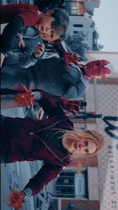 Marvel Films, Avengers Movies, Marvel Avengers, Marvel Funny, Wanda Marvel, Scarlet Witch Marvel, Avengers Pictures, Foto Poster, Marvel Photo