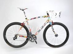 Specialized Roubaix with paintjob and design by Rie:sel Design