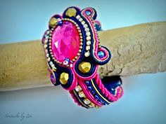 El Rinconcito de Zivi: Pendientes y brazalete de soutache, conjunto de bisuteria de soutache- soutache earrings and bracelet, set soutache jewelry