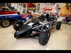 Jay Leno Drives Street-Legal Go-Kart, Lightweight Sports Cars - Article You don't need a high-priced land rocket to have fun behind the wheel. The Ariel Atom is a thrill a minute. Ariel Atom, Chicago Fire, Motor Company, Go Kart, Jay, Chevrolet, Racing, Wheels, Track