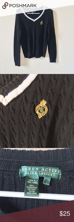 Ralph Lauren sweater This Ralph Lauren active sweater is in great condition, and will go great with some white pants! Lauren Ralph Lauren Sweaters V-Necks