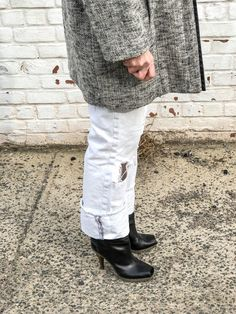 2fadad68f5ec Destroyed White Jeans For Winter