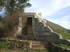 Abandoned war bunker on Signal Hill by mallix, via Flickr