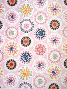 modflowers: vintage circle fabric around love a wall like this