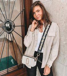 Sac Marc Jacobs, Marc Jacobs Snapshot Bag, Marc Jacobs Handbag, Mode Outfits, Stylish Outfits, Givenchy, Balenciaga, Trends, Winter Fashion Outfits