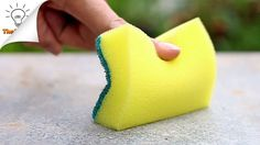 The best DIY projects & DIY ideas and tutorials: sewing, paper craft, DIY. 15 Sponge Life Hacks You Should Know Video Description 15 Sponge Life Hacks That You've Never Thought of Before. Learn how to use sponges in various ways. 25 Life Hacks, Simple Life Hacks, Diy Cleaning Products, Cleaning Hacks, Cleaning Solutions, Dry Brush Painting, Reuse Plastic Bottles, Kitchen Sponge, Cleaners Homemade