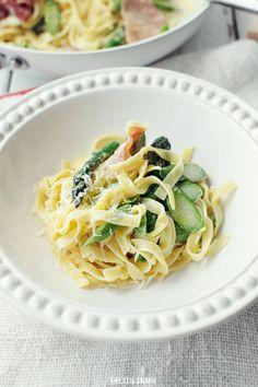 Asparagus prosciutto pasta
