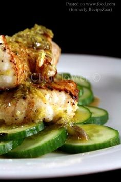 Catfish With Lemon, Capers and Oregano (Weight Watchers):  4 servings; 4 pts., 176.5 calories, 9.8 g fat per serving