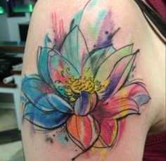 Flor de loto tatoo