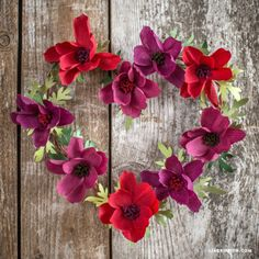 DIY Paper Hydrangea wreath