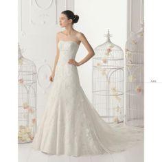 Algida Sposa di Fausto Sari, per #MatrimonioItaliano.  #Aire #Atelier #Sposa   http://www.matrimonio-italiano.it/atelier_fausto_sari