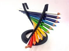Helix Pencil Holder (Open path) by Moderators - Thingiverse