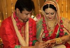 Bangladeshi Popular actress Bijori Barkatullah Weds Intekhab Dinar. This is her second marriage where it's Dinar's first marriage. Marriage ceremony were held on Pohela Boishakh 1420 in a restaurant at Dhanmondi, Dhaka. Bijori Barkatullah were married with musician Shawkat Ali Emon on 15th July, 1995 and got divorced 5 months earlier.