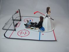 HOCKEY Bride and Groom with Goal and Black Eye Long by mikeg1968