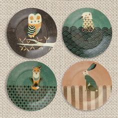 Wildlife plate set from magpieline.com. (Thanks to Anna Lee McFadden for showing me this site)
