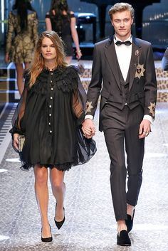 Stormi Bree and Lucky Blue Smith walk the runway at the Dolce & Gabbana Ready to Wear fashion show during Milan Fashion Week Fall/Winter on February 2017 in Milan, Italy. Lucky Blue Smith, Old Male Model, Stormi Bree, Bleach Online, Shaggy And Scooby, Chris Webber, Zombie Girl, Old Models, Party Guests