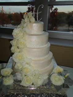 Roses wrapped wedding cake