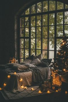 Deco hygge or how to create an atmosphere of conviviality and comfort at home . - Deco hygge or how to create an atmosphere of conviviality and comfort at home – - Dream Rooms, Dream Bedroom, Bedroom Romantic, Trendy Bedroom, Dark Cozy Bedroom, Comfy Bedroom, Bedroom Brown, Eclectic Bedrooms, Autumn Decor Bedroom