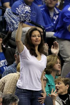Ashley Judd at Kentucky Game | Ashley Judd is the gold standard for sexy, celebrity fans. The 45-year ...