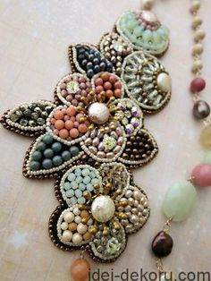 trendy diy jewelry inspiration beading patterns - necklace and pearls ,beads - Bead Embroidery Jewelry, Beaded Embroidery, Beaded Jewelry, Handmade Jewelry, Hand Embroidery, Flower Embroidery, Tambour Beading, Motifs Perler, Diy Jewelry Inspiration