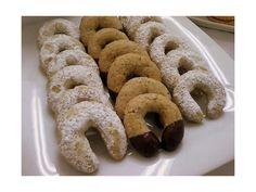 Esta es una receta familiar que ha estado por generaciones. Estas galletas son muy ricas para acompañarlas con café.