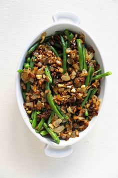 Homemade made from scratch Green Bean Casserole will be a hit at your Thanksgiving dinner. The classic Green Bean Casserole got a makeover and is a way better version! Homemade Green Bean Casserole, Classic Green Bean Casserole, Thanksgiving Side Dishes, Thanksgiving Recipes, Holiday Recipes, Salted Butter, Creamy Green Beans, The Best Green Beans, Honey