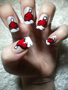 Animated Santa Hat Nails |
