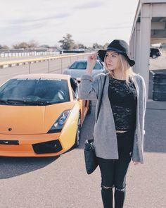 Lysandre Nadeau, Queens, Raincoat, Normcore, Hats, Jackets, Style, Fashion, Woman