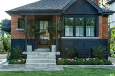 Painting Older Homes Exterior Designs on beach house exteriors, older home bedrooms, older home foundations, older home furniture, older home styles in michigan, older home floors, older home staircases, cottage style homes exteriors, older home lighting, older home renovations,