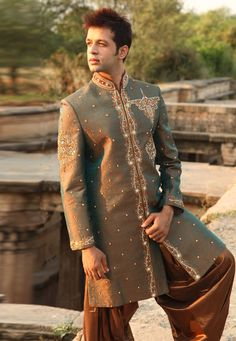 Buy Green Brocade Readymade Dhoti Sherwani 204334 online at lowest price from our mens wear collection at Indianclothstore.com. Woolen Clothes, Nehru Jackets, Wedding Sherwani, Mens Fashion Online, Riding Pants, Sleeveless Jacket, Linen Blazer, Black Linen, 1940s Fashion