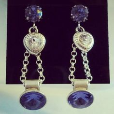 I really like these earrings with the crystal heart charm. I love the extra sparkle...    #earrings #swarovski #crystals