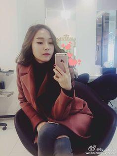 160215 Jessica @ weibo。(via Sy_Jessica)『, 毛毛s❤ 』